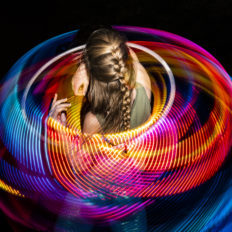 FlowMies-LED-performance-hoopdance (2)